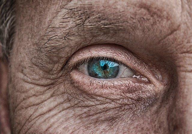 Essere nevrotici aumenta il rischio di sviluppare il Parkinson