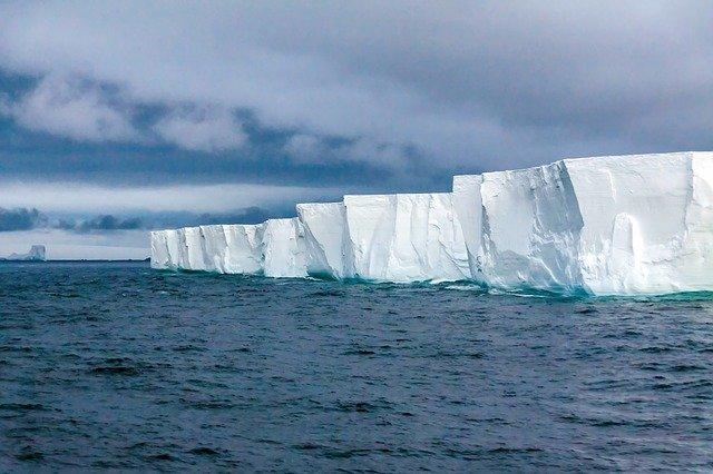 Antartide, alla ricerca del ghiaccio più antico del Pianeta