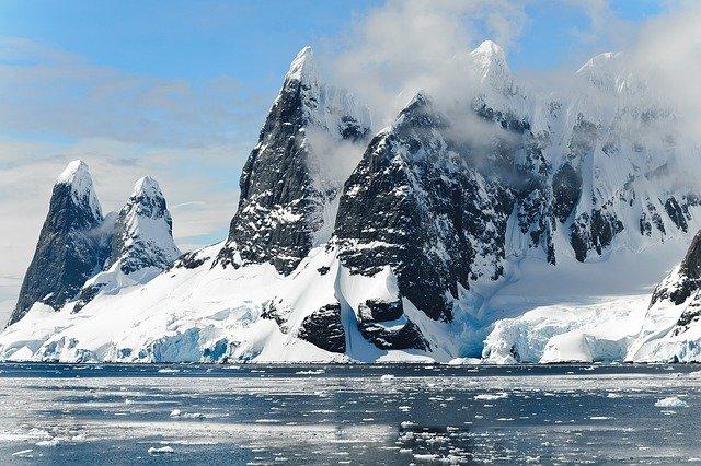 Clima: scienziati in Artico per studiare ghiaccio marino e precipitazioni
